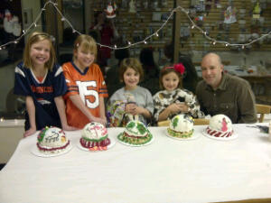 Great job on the holiday snow globes (project class)