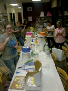 Cake Decorating Class Cakes 102 joins in the fight against boring and tasteless cake