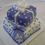 2 tier square package cake