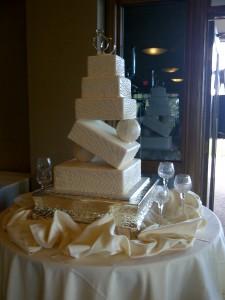 Cecely Calhoun Wedding Cake at Arrowhead Golf Club
