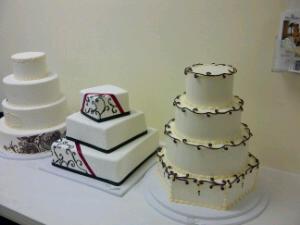 Wedding cakes, ninja style