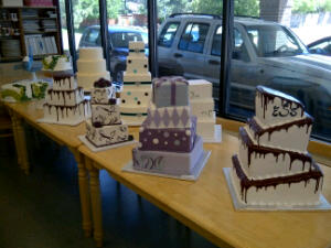 Cake Ninja Katie had a fabulous idea to line up all our cakes. WOW