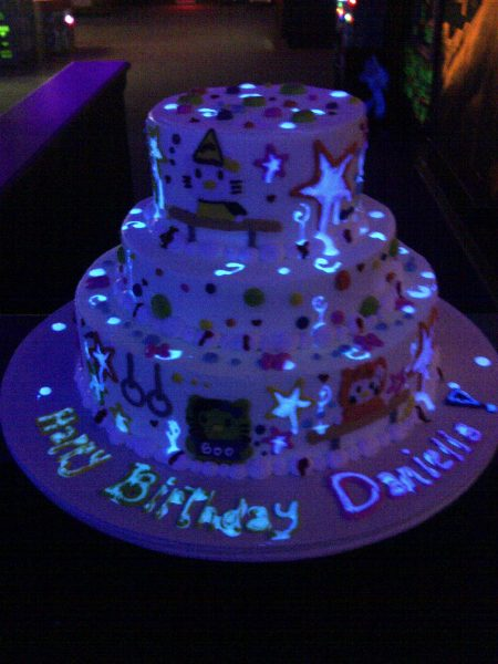 Another great glow in the dark cake at Monster Mini Golf