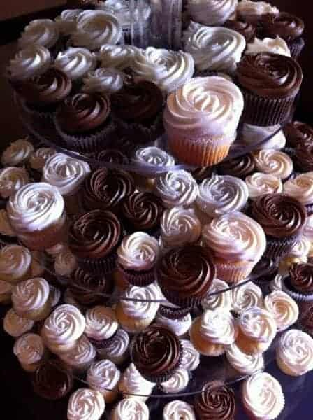 Cupcakes and Individual Cakes