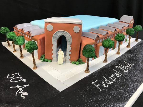 Pope cake, building cake