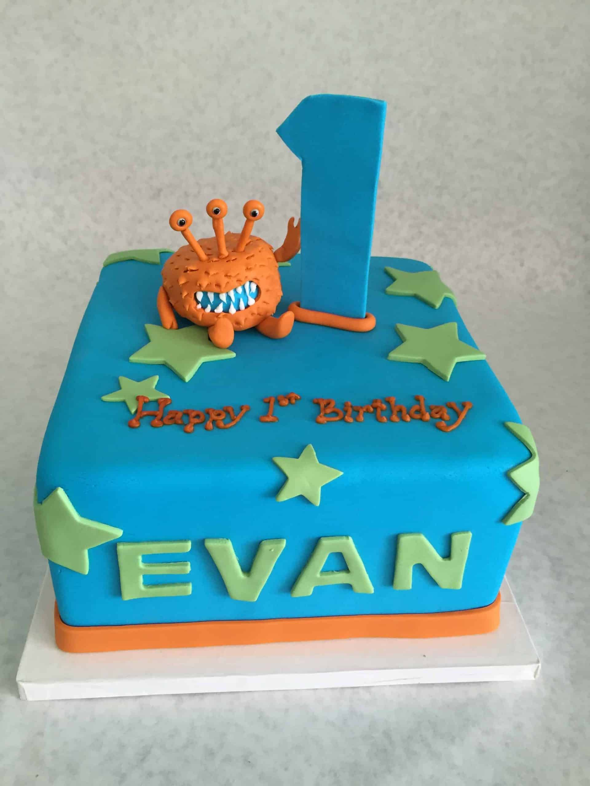 Cute Little Alien First Birthday Cake