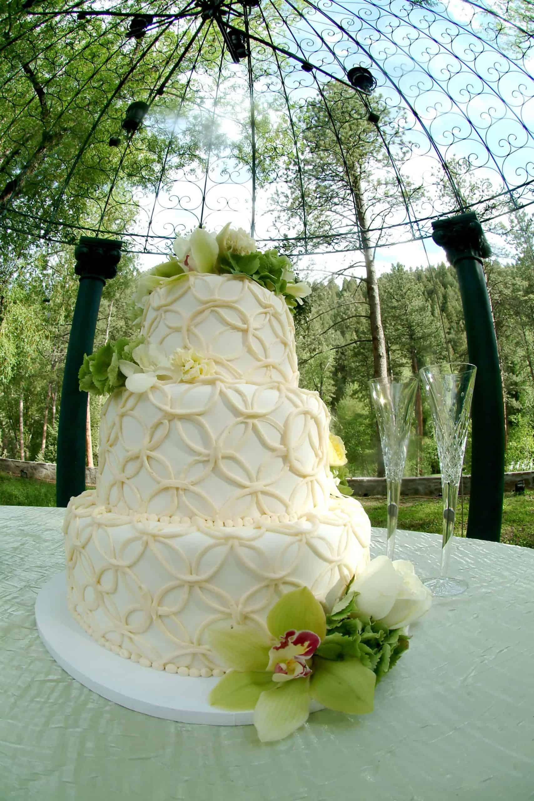 Double Wedding Ring Guilt Pattern Wedding Cake
