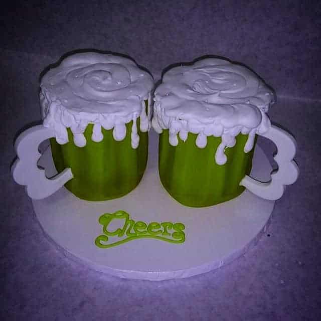 The Makery Cake Company Green Beer Mug Cakes