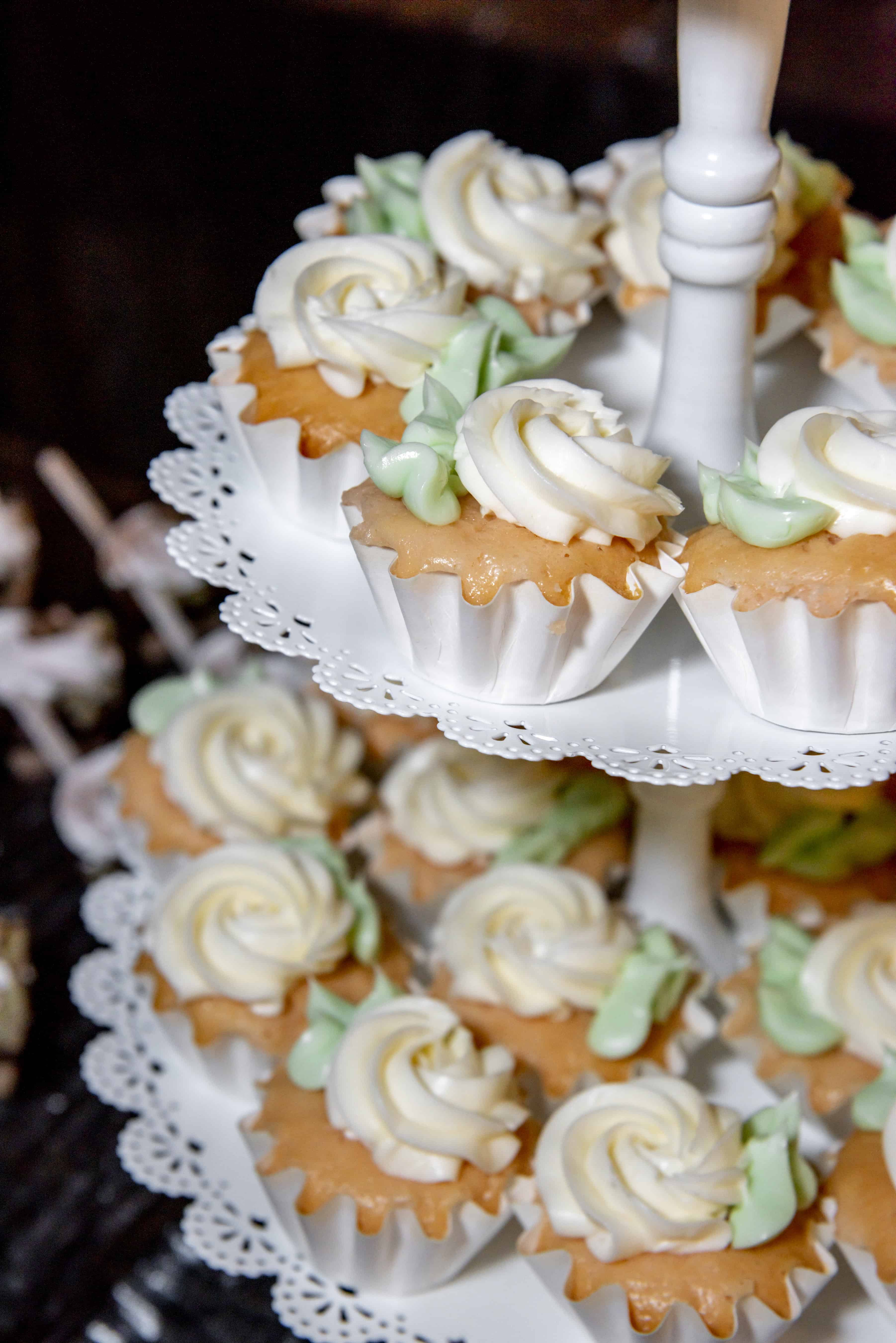 The Makery Cake Company Rose Swirl Cupcakes