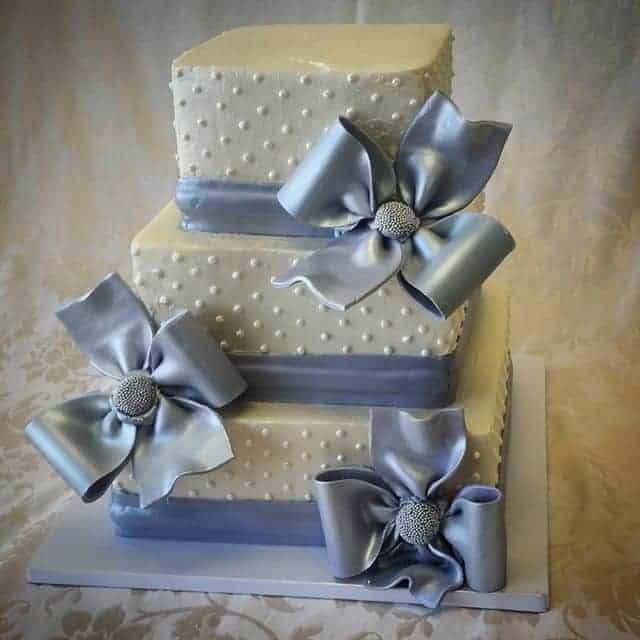 The Makery Cake Company Silver Bow Wedding Cake