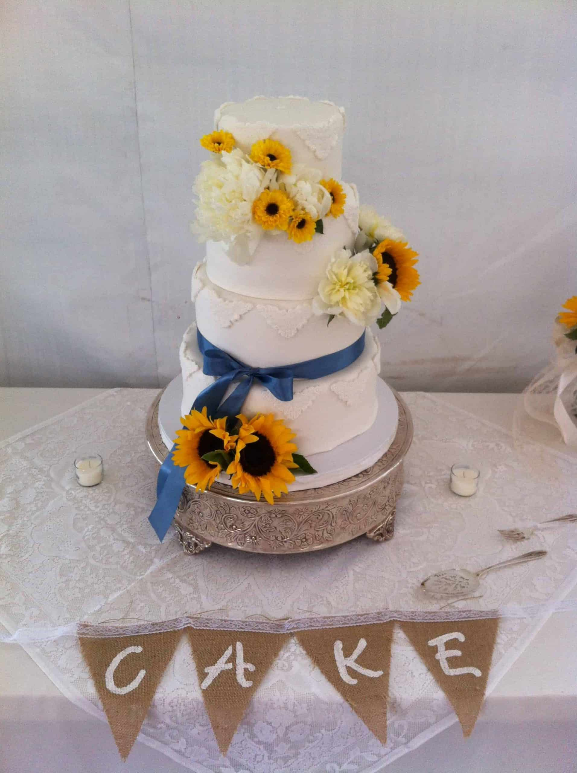 The Makery Cake Company Burlap and Lace Wedding Cake