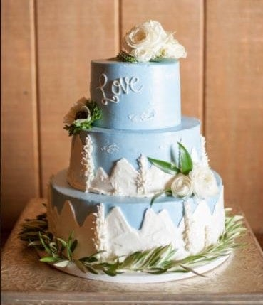 The Makery Cake Company Butter Cream Mountain Scene Wedding Cake