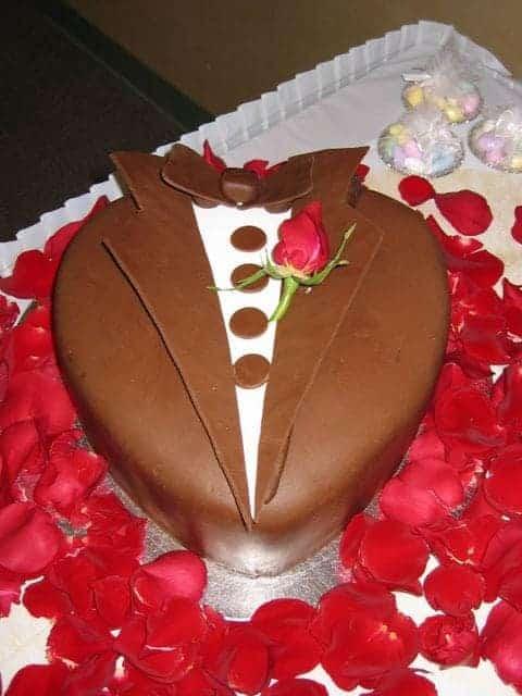 Grooms Cake Toxido