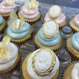 broach cupcakes in Denver