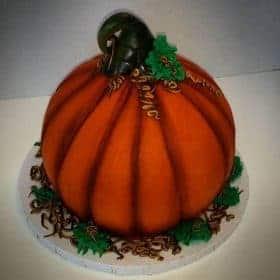 Elegant pumpkin cake