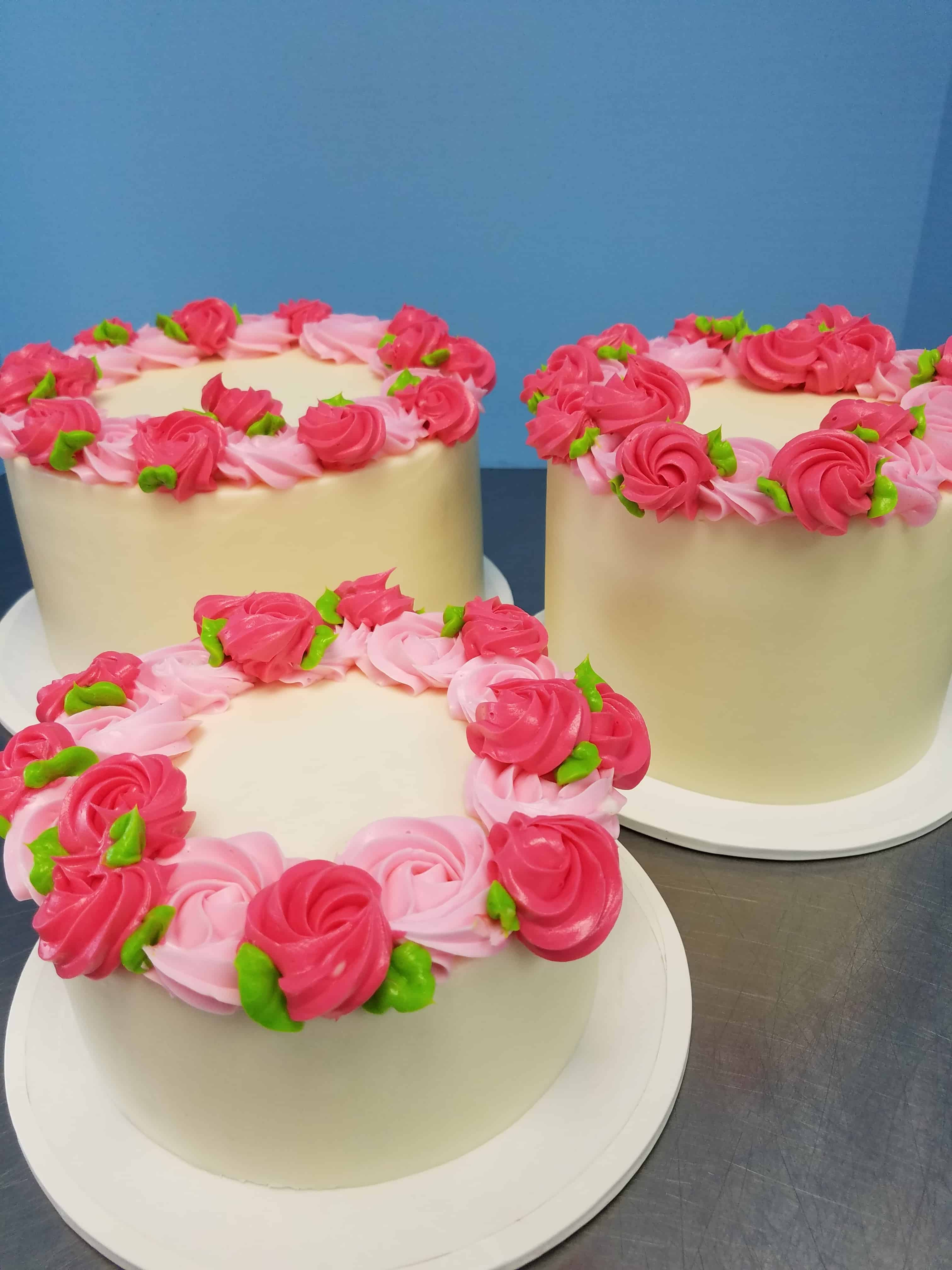 Two Color Rosette Cakes