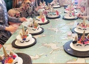 lots of Unicorn party cakes